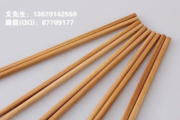 炭化竹筷,比普通筷子颜色深一些的筷子。炭化筷有什么好处?
